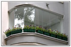 Металлопластиковое остекленение балконов