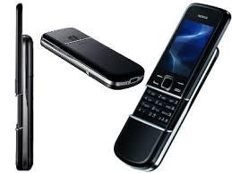 Hоутбуки и сотовые телефоны