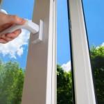 Пластиковые окна: «вредная синтетика» или средство защиты природы?
